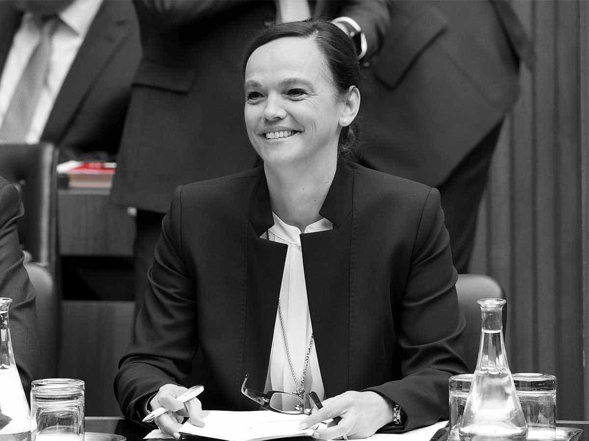 Bildungsministerin Sonja Hammerschmid Parlamentsdirektion Johannes Zinner