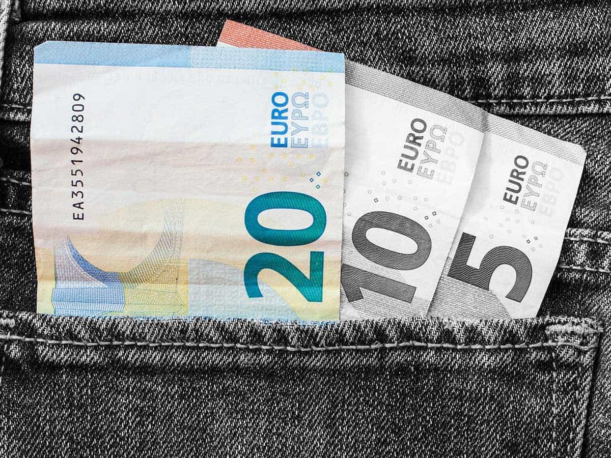 """Sozialhilfe? """"Muss fünf Jahre bei uns leben"""" - Foto pixabay"""