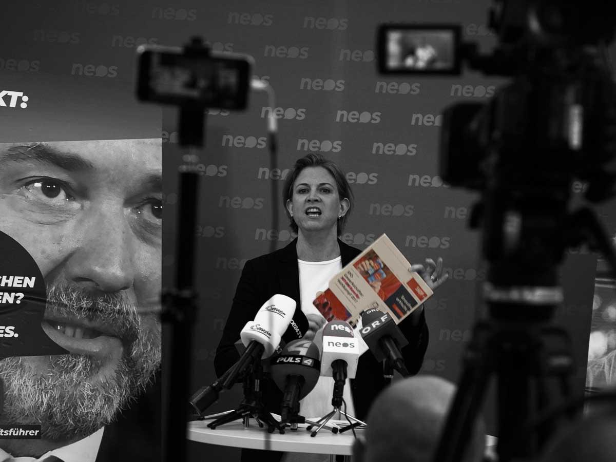 Beate Meinl-Reisinger - NEOS Pressekonferenz