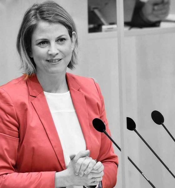 Beate Meinl-Reisinger Parlamentsdirektion - Johannes Zinner