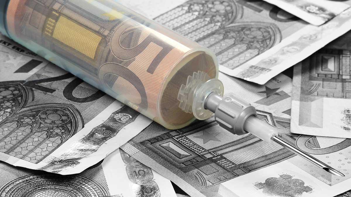 Finanzspritze - Adobe Stock - Björn Wylezich
