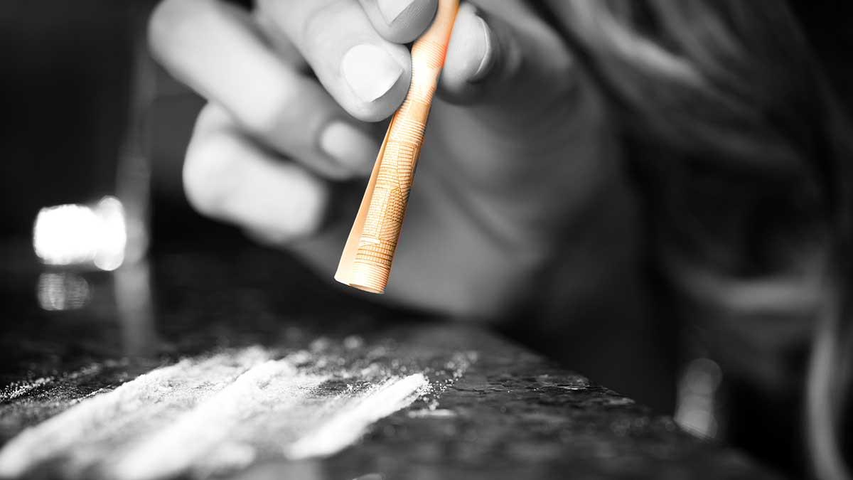 Sujetbild: Ibiza-Video - Kokain kratzt am Mythos der SZ-Enthüllung- Kzenon - Adobe Stock